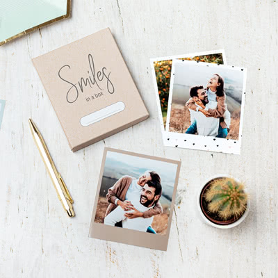 Fotos in der Box Pappkarton